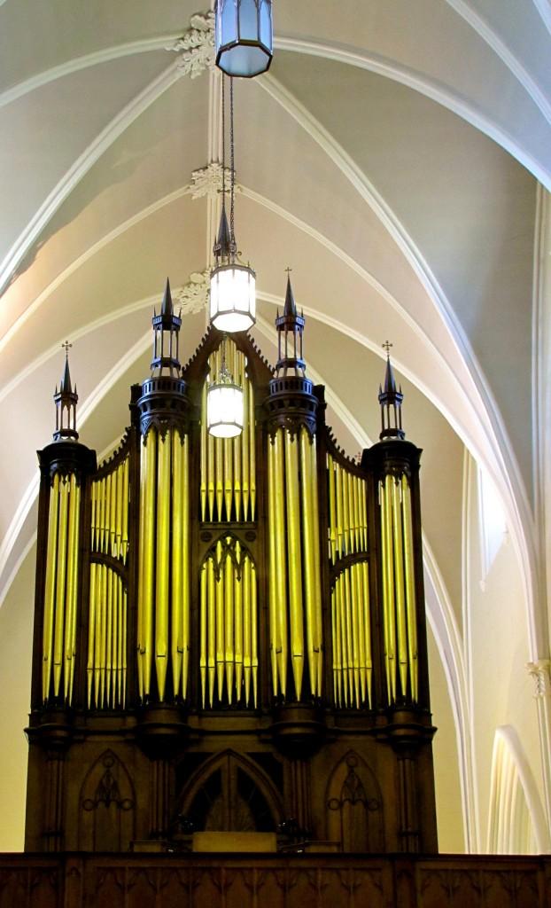 Pipe organ!