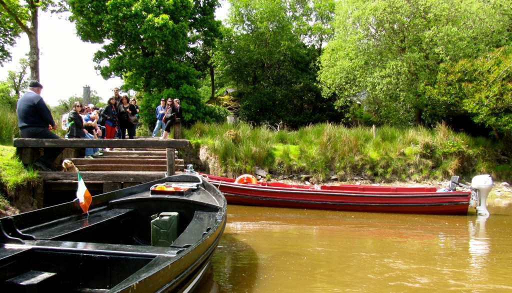 Down at the boats, pulling away from the docks at Lord Brandon's Cottage.