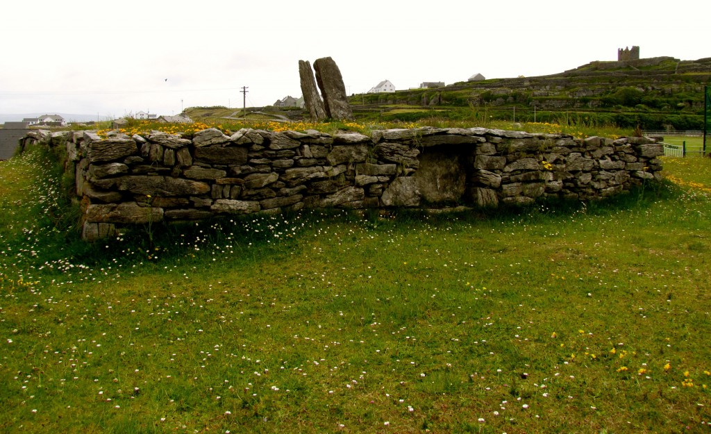 Cnoc Raithni is a bronze-age tomb that shows the island was inhabited as long ago as 2000 BC.