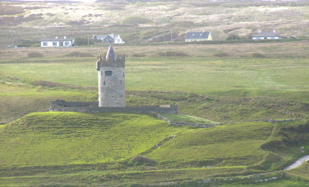 This is Doonagore Castle, in the hills over Doolin. Got a decent view of it as I walked down to the pier.