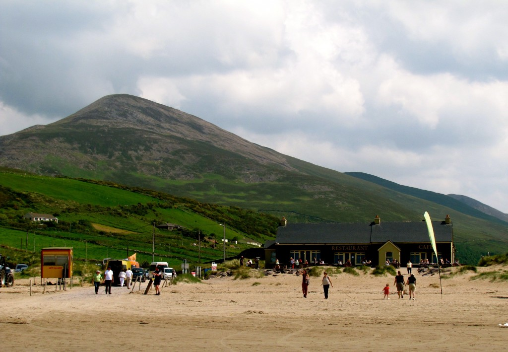 There's a neat little cafe at the beach, with the mountains of the Dingle Peninsual rising behind it.