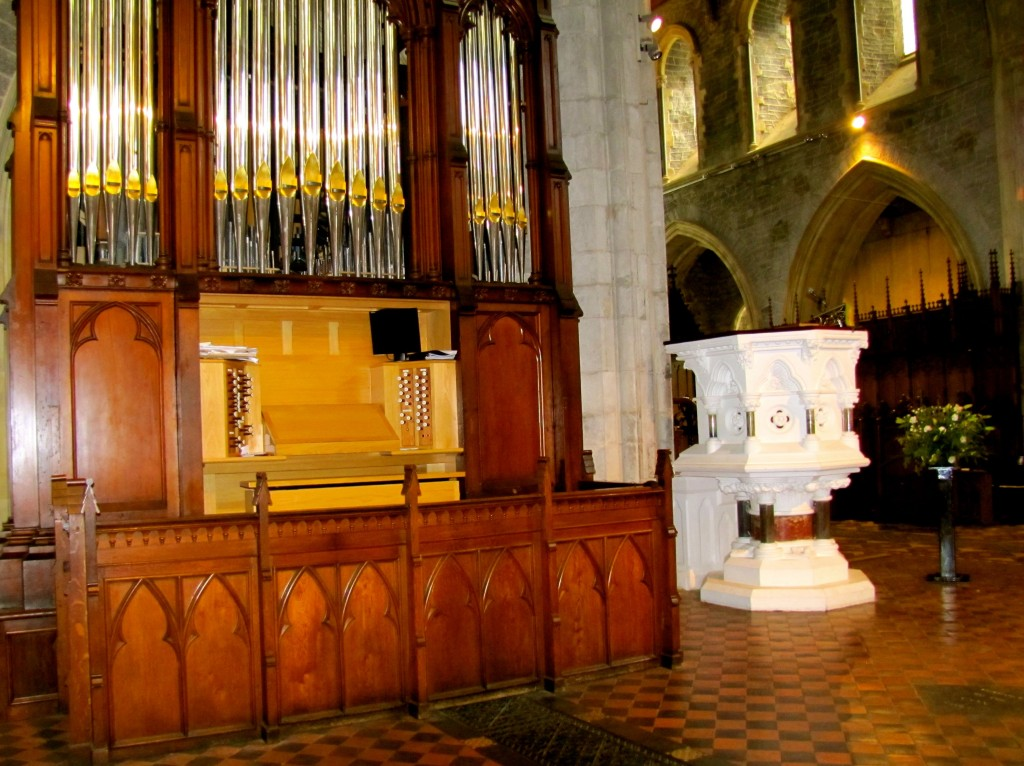 The organ, unusually, is on the main floor, not in a loft, and right beside the pulpit.