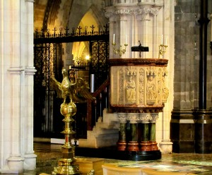 The engraved stone pulpits and the eagle lecterns are traditional.