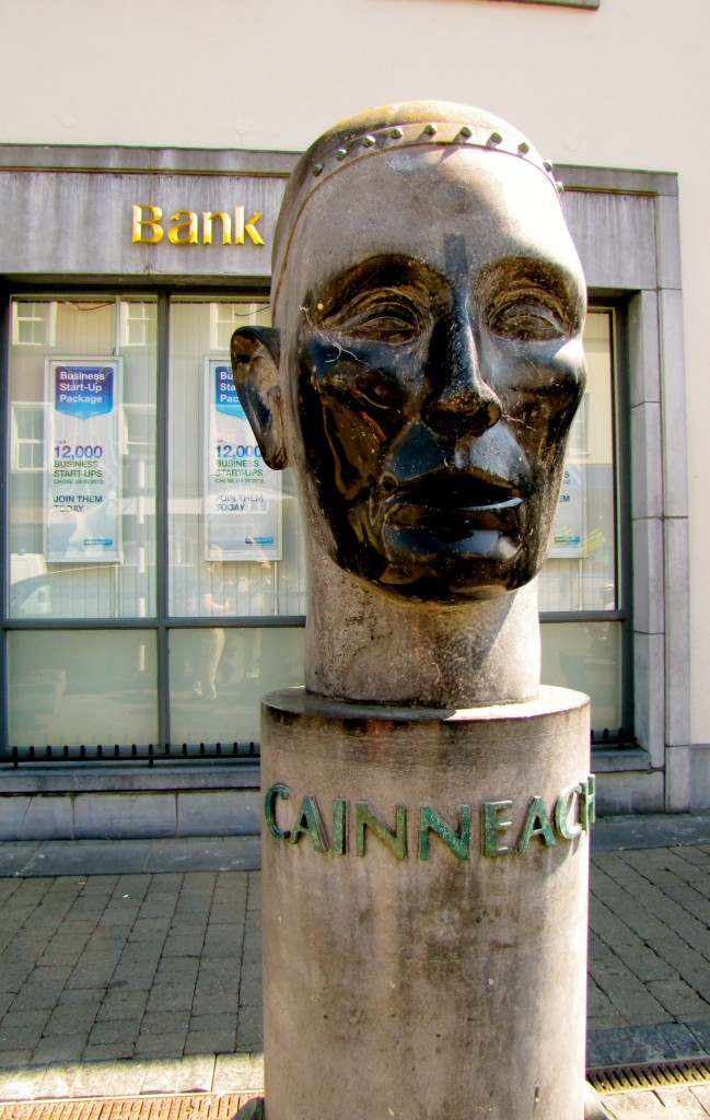In the middle of the High Street is a statue of Cainneach - St. Canice. The name of the city in Gaelic is Cill Cainneach, which means Canice's Church. I didn't make it out to St. Canice's Cathedral today. I have to try that tomorrow.