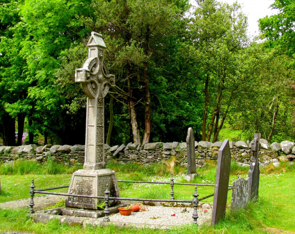 There are a number of Celtic crosses in the cemetery. This Victorian one is particularly nice.