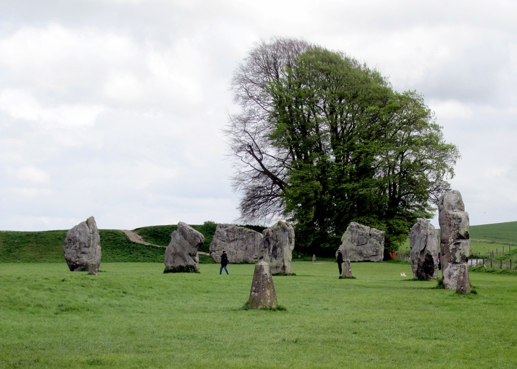 These stones, part of one of the two inner circles, sit in a sheep pasture. The only concession to the stone circle is a very new, moderately high-tech gate, and a sign saying to keep dogs on a leash.