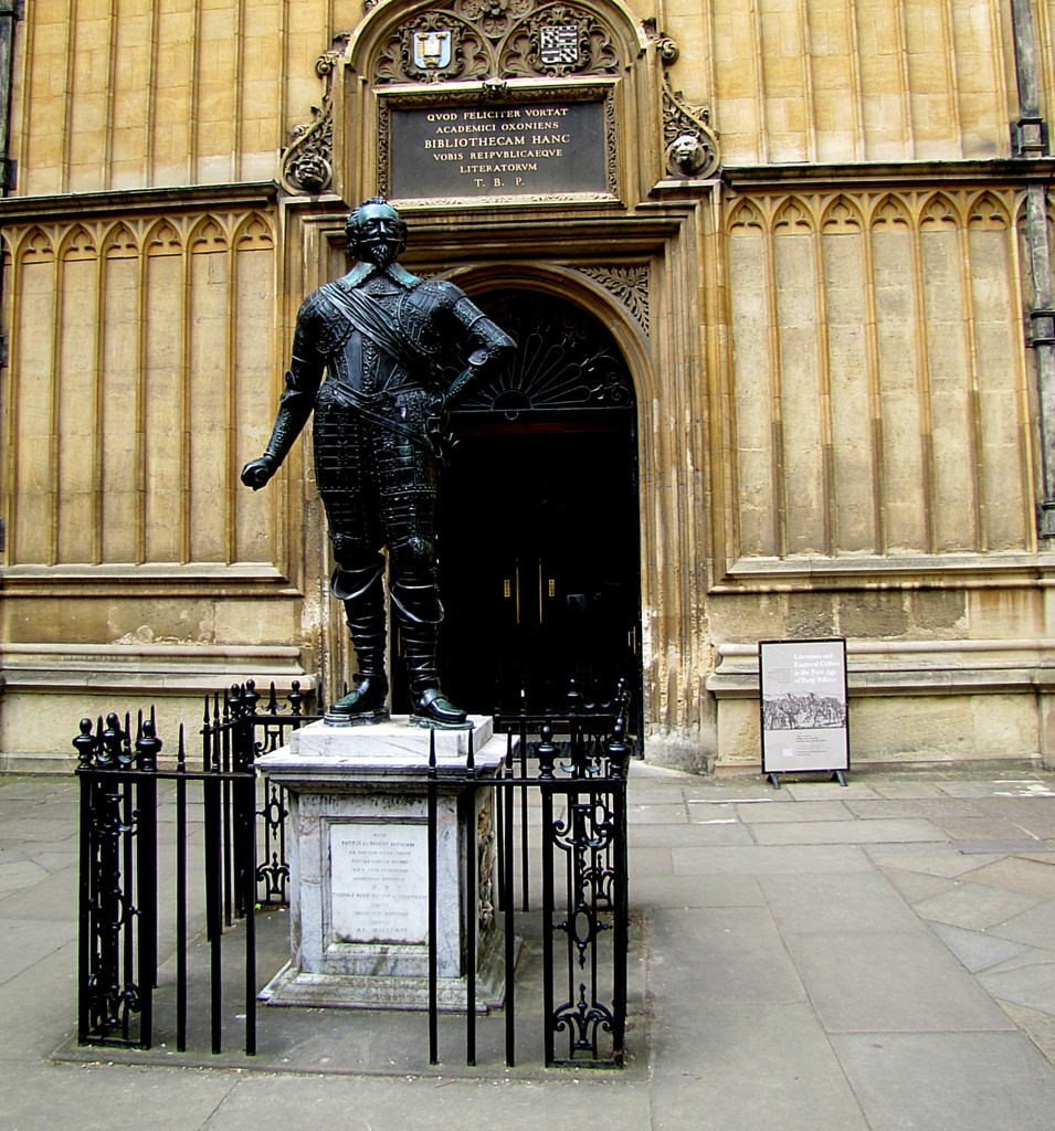 This is a statue of William Herbert, the 3rd Earl of Pembroke. He was a patron of Shakespeare, and the First Folio of Shakespeare's plays is dedicated to him. He may or may not be the Mr. W. H. that the sonnets are dedicated to. He was a bit of a scandalous character in Elizabeth's court, but was a generous and bookish man, who gave a whole bunch of books to the library. Note the stylish armour; that's about as close as Herbert ever got to a battlefield.