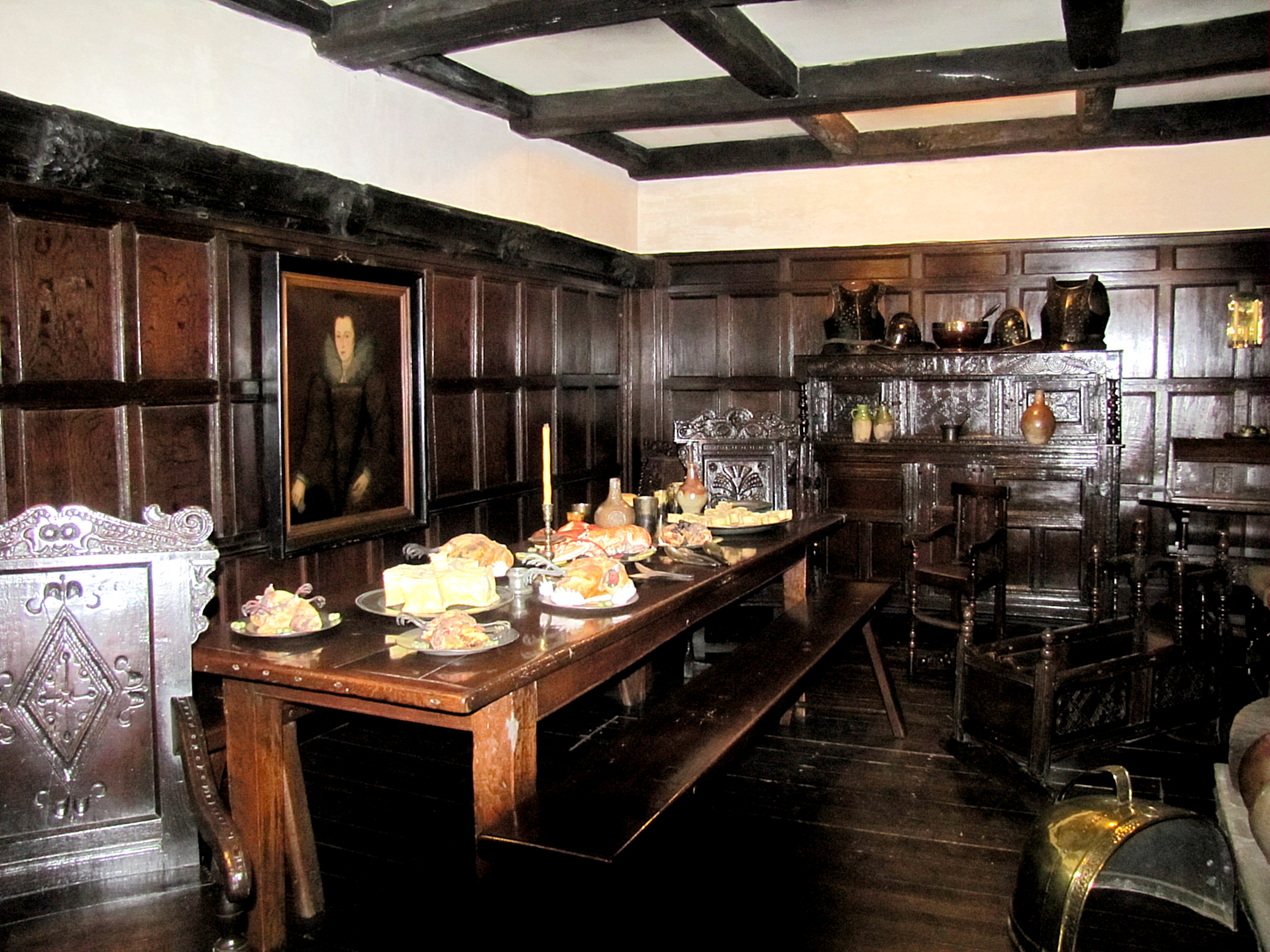 Here's a dining room from the Elizabethan era.