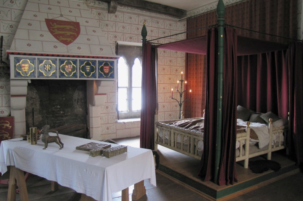 And this recreation of a Tudor-era royal bedroom, in the St. Thomas tower.
