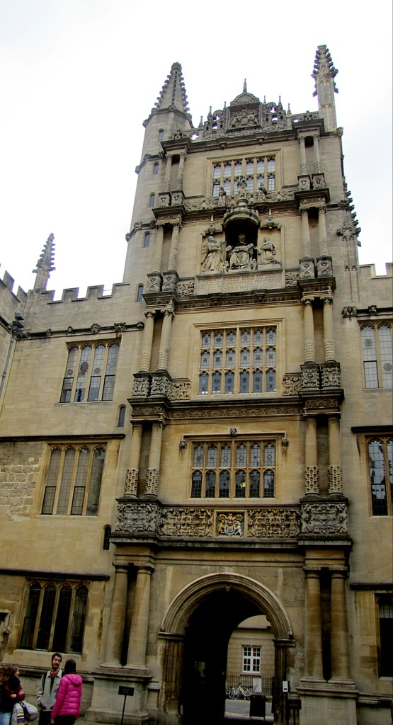 This is the tower topping the main entrance of the Old Schools Quadrangle, the main court of the Bodleian. It's called the Tower of the Five Orders, because the columns on each level are from different orders of classical architecture. I had hoped for a cooler explanation, to be honest.